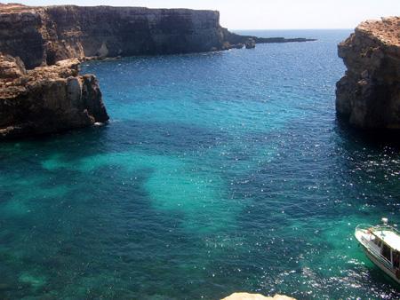 malta and gozo bay