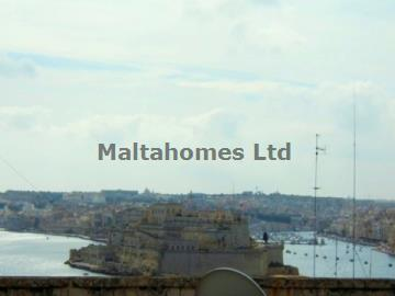 Penthouse in Valletta image 1