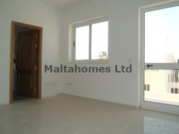 Penthouse in Sliema image 3