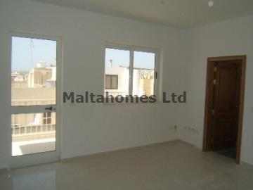 Penthouse in Sliema image 7