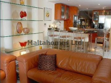 Penthouse in St. Julians image 4