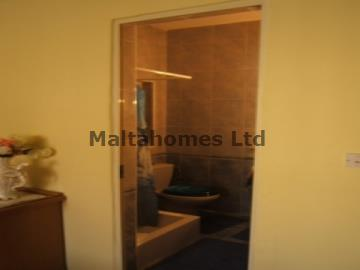 Apartment/Flat in Qawra image 4
