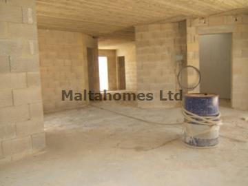 Penthouse in Attard image 3